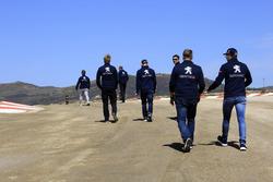 Trackwalk: Team Peugeot-Hansen