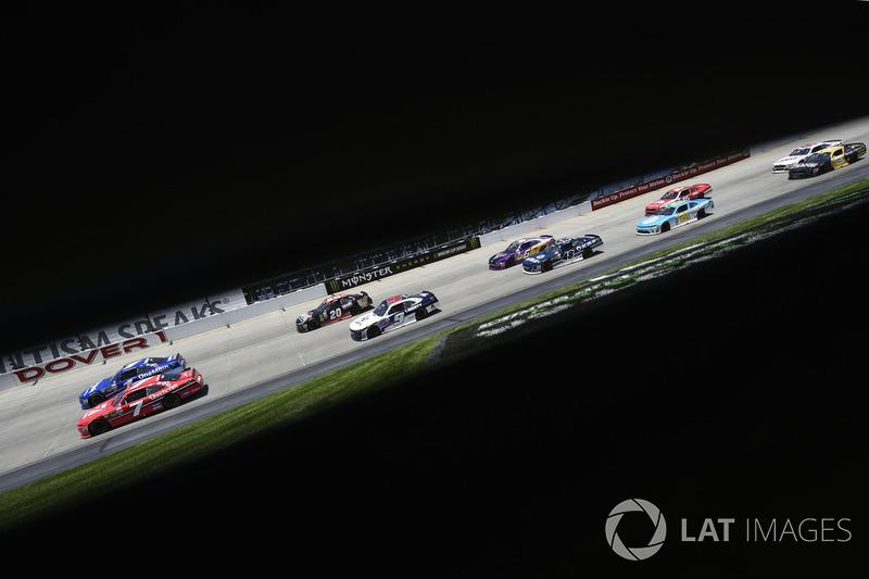 Justin Allgaier, JR Motorsports, Chevrolet; William Byron, JR Motorsports, Chevrolet
