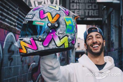 Presentazione casco Daniel Ricciardo