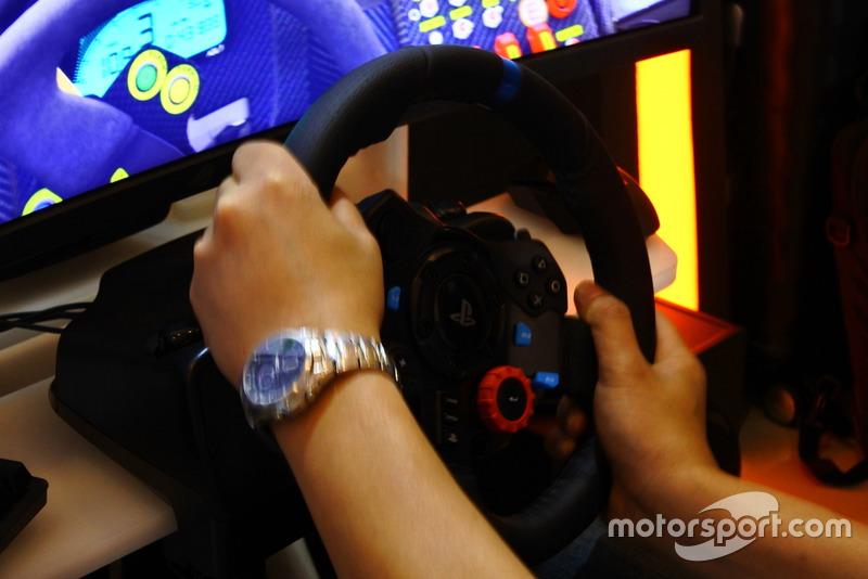 Rig simulator balap GT-ONE, HM Engineering