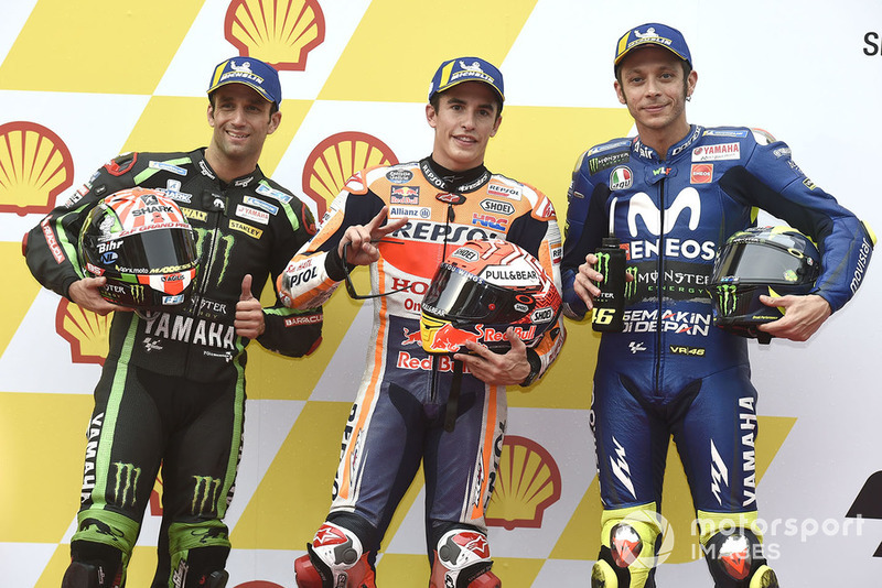 Il poleman Marc Marquez, Repsol Honda Team, il secondo qualificato Johann Zarco, Monster Yamaha Tech 3, il terzo qualificato Valentino Rossi, Yamaha Factory Racing