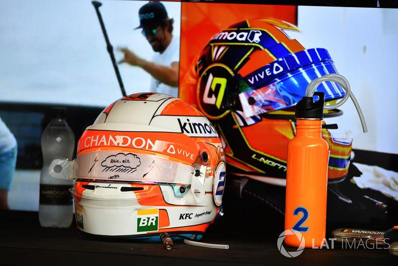 Helmets of Stoffel Vandoorne, McLaren and Lando Norris, McLaren