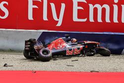 Даниил Квят, Scuderia Toro Rosso после аварии