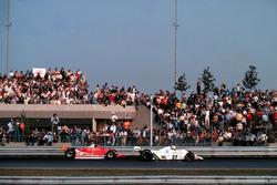 Gilles Villeneuve, Ferrari, Alan Jones, Williams