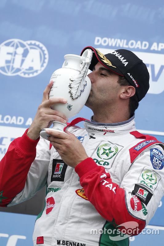 Podium: Sieger Mehdi Bennani, Sébastien Loeb Racing, Citroën C-Elysée WTCC