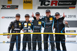 Podium: 2. Harald Proczyk, HP Racing, SEAT Leon Cup Racer; bester Junior Mike Beckhusen, Target Competition, Opel Astra TCR ; 1. Josh Files, Target Competition, SEAT Leon Cup Racer; 3. Jürgen Schmarl, Target Competition, SEAT Leon Cup Racer