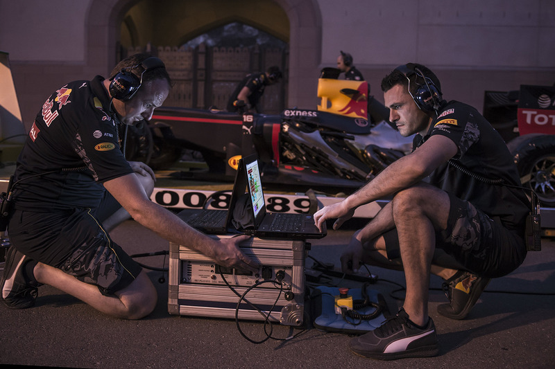 Red Bull Racing engineers during a show run in Oman
