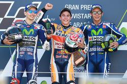 Podium: racewinnaar Marc Marquez, Repsol Honda Team, tweede plaats Jorge Lorenzo, Yamaha Factory Racing, derde plaats Marc Marquez, Repsol Honda Team