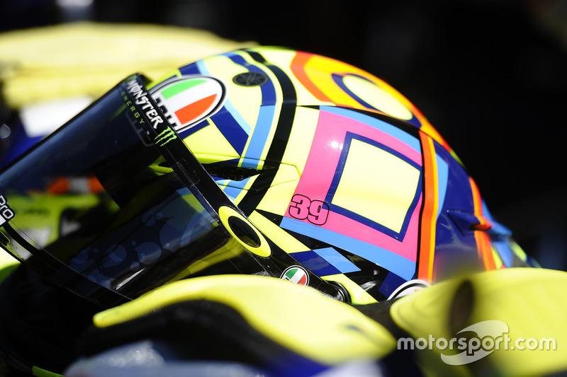 Il numero 39 di Luis Salom sul casco di Valentino Rossi, Yamaha Factory Racing