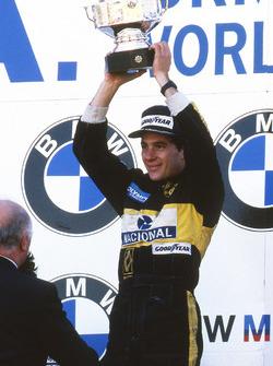 Il vincitore della gara Ayrton Senna, Lotus