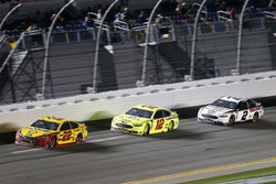 Joey Logano, Team Penske Ford Fusion, Ryan Blaney, Team Penske Ford Fusion, Brad Keselowski, Team Penske Ford Fusion