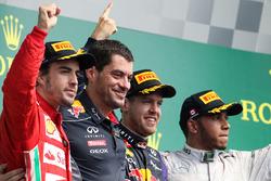 Podium: race winner Sebastian Vettel, Red Bull Racing, second place Fernando Alonso, Ferrari, third place Lewis Hamilton, Mercedes AMG F1, Guillaume Rocquelin, Red Bull Racing Race Engineer,