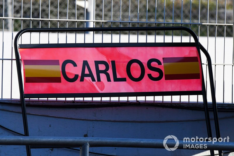 Pit board de Carlos Sainz Jr., McLaren