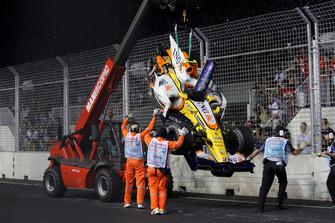 Авария: Нельсон Пике-мл., Renault F1 Team R28