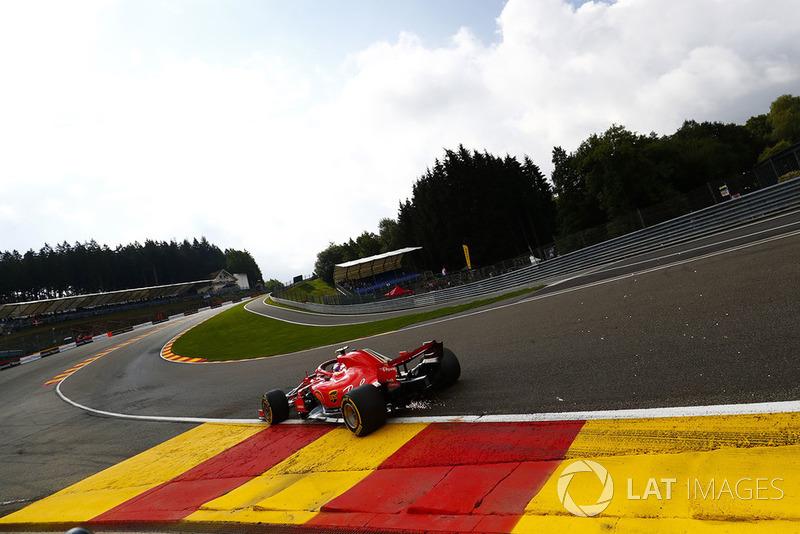 1. Kimi Räikkönen, Ferrari SF71H, strikes up sparks