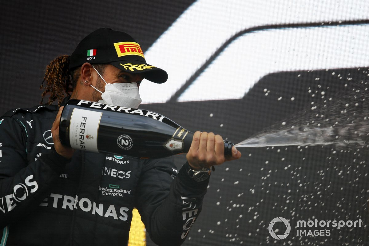 Lewis Hamilton, Mercedes, 2nd position, sprays some Champagne