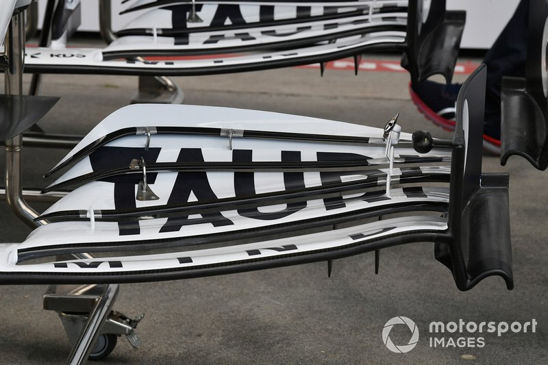 AlphaTauri front wing detail