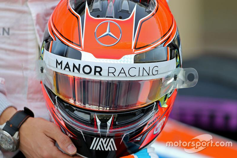 Helm von Esteban Ocon, Manor Racing
