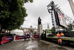 Preparativos para la F1 en vivo en Trafalgar Square