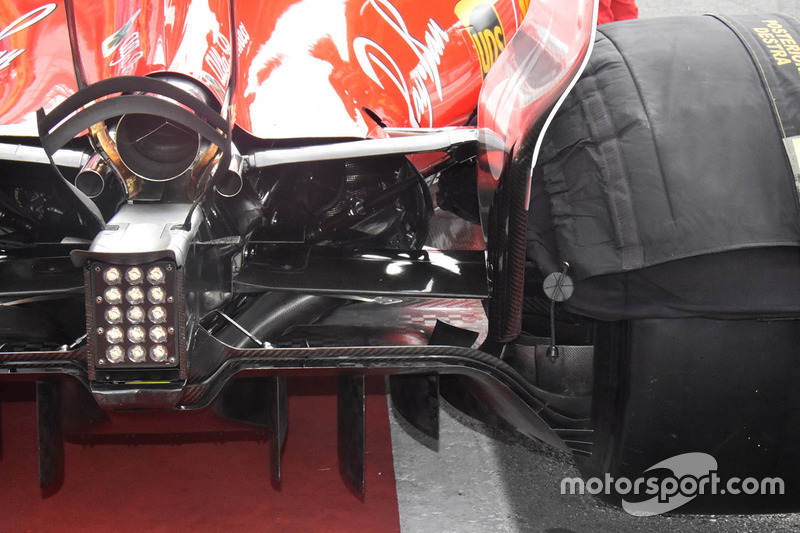 Детали диффузора Ferrari SF70H