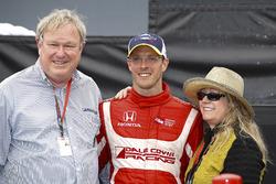 Dale y Gail Coyne con Sébastien Bourdais, Dale Coyne Racing Honda