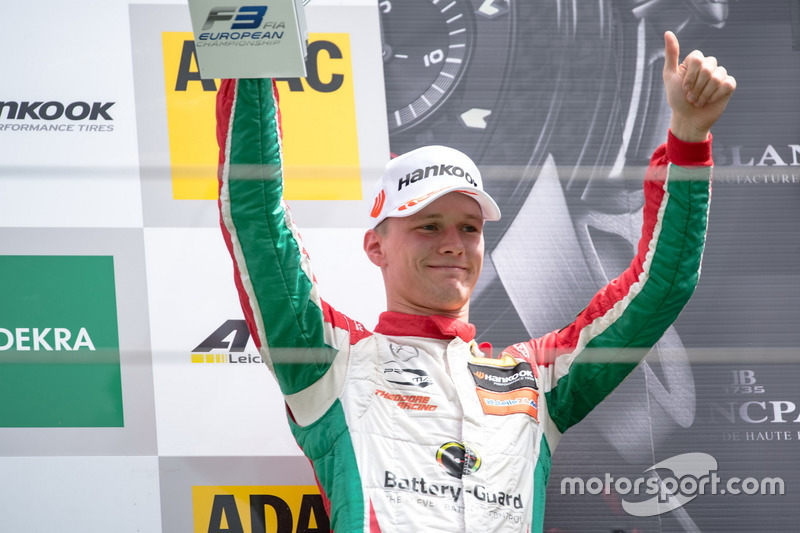 Podio: tercer lugar Maximilian Günther, Prema Powerteam Dallara F317 - Mercedes-Benz