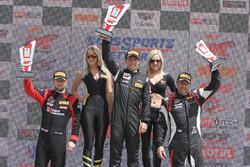 GTA podium: pemenang Frankie Montecalvo, peringkat kedua Michael Schein, peringkat ketiga Andy Wilzo