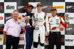 Podium: winner Nikita Mazepin, Carlin, second place Tarun Reddy, Fortec Motorsports, third place Harrison Scott, HHC Motorsport