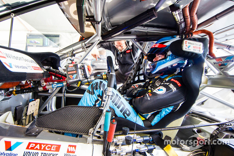 9. Scott McLaughlin, Garry Rogers Motorsport Volvo