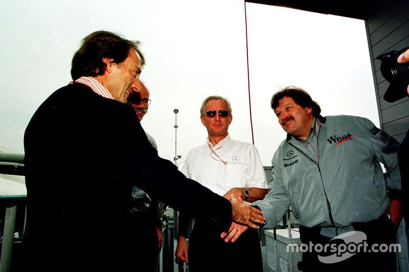 Für Mercedes ist es der 1. Titel als Motorenhersteller: Gratulation von Ferrari