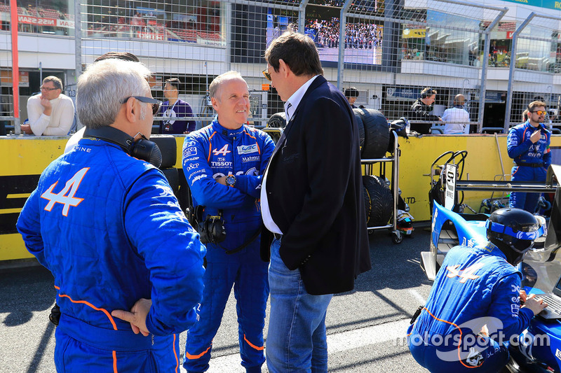 فيليب سينولت وجيرار نيفو، رئيس بطولة العالم لسباقات التحمل