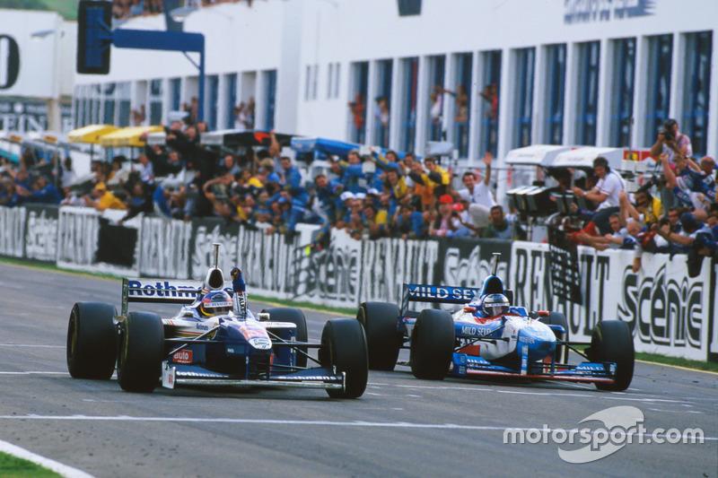 Jacques Villeneuve, Williams FW19 Renault gana su campeonato
