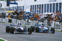 Jacques Villeneuve, Williams FW19 Renault remporte le Championnat