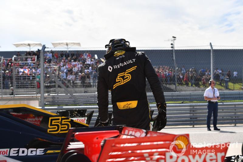 Carlos Sainz Jr., Renault Sport F1 Team R.S. 18 en parc ferme