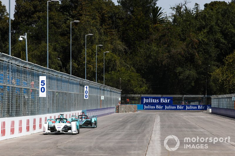 Tom Dillmann, NIO Formula E Team, NIO Sport 004 Mitch Evans, Jaguar Racing, Jaguar I-Type 3