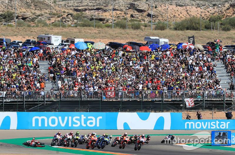 Jorge Lorenzo, Ducati Team cae en el inicio de la carrera