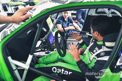 Nasser Al-Attiyah testet Rallycross