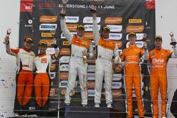 Podium: second place, Andreas Patzelt, Nicolaj Moller Madsen, PROsport Performance, race winner Peter Terting, Jörg Viebahn, PROsport Performance, third place, Simon Knap, Rob Severs, Racing Team Holland by Ekris Motorsport