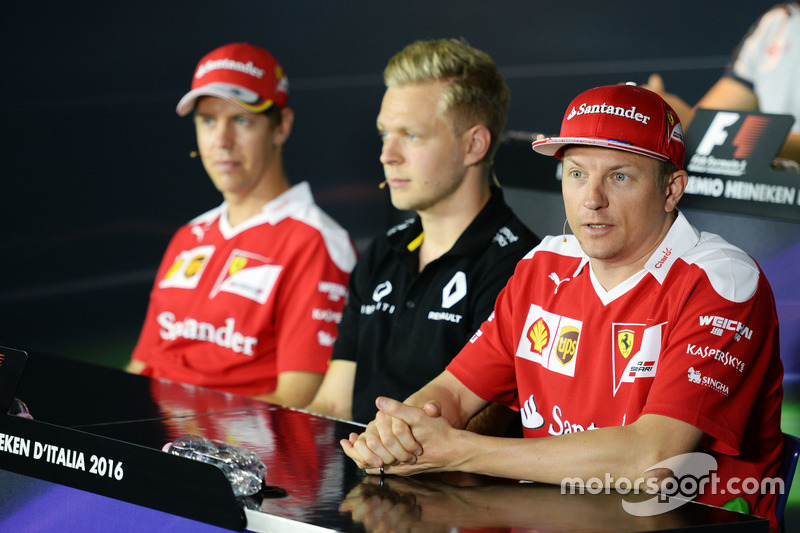 The FIA Press Conference (L to R): Sebastian Vettel, Ferrari with Kevin Magnussen, Renault Sport F1 Team and Kimi Raikkonen, Ferrari
