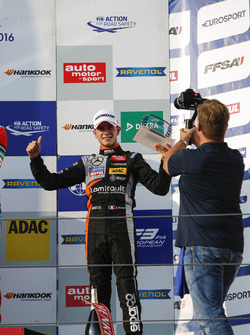 Rookie-Podium: 3. Anthoine Hubert, Van Amersfoort Racing, Dallara F312, Mercedes-Benz