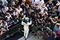 Valtteri Bottas, Mercedes-AMG F1 festeggia nel parco chiuso