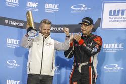 Podium: Tiago Monteiro, Honda Racing Team JAS, Honda Civic WTCC and Rob Huff, All-Inkl Motorsport, C