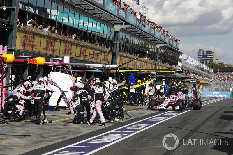 Sergio Perez, Force India VJM11 Mercedes, makes a pit stop