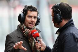 Тед Кравитц, Sky TV и Марк Пристли, бывший механик McLaren и Super Aguri F1