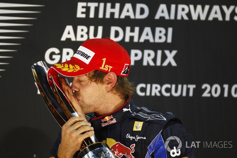 Campeón del mundo 2010 Sebastian Vettel, Red Bull Racing RB6 Renault