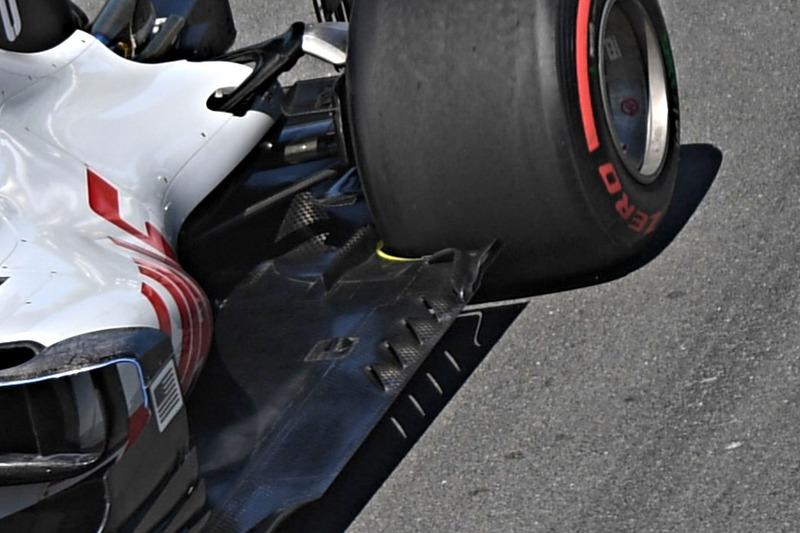 Haas F1 Team VF-18, fondo