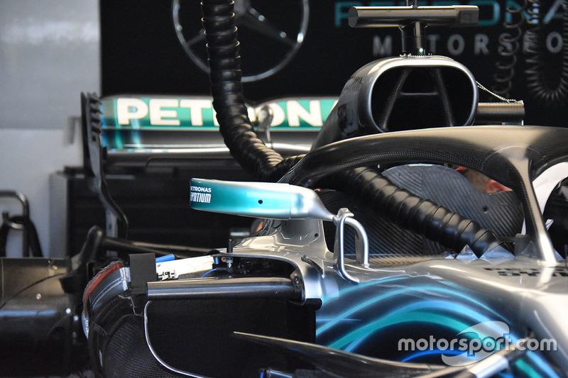 Mercedes AMG F1 W09 ayna detay