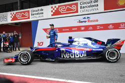 Brendon Hartley, Scuderia Toro Rosso STR13, the new Scuderia Toro Rosso STR13