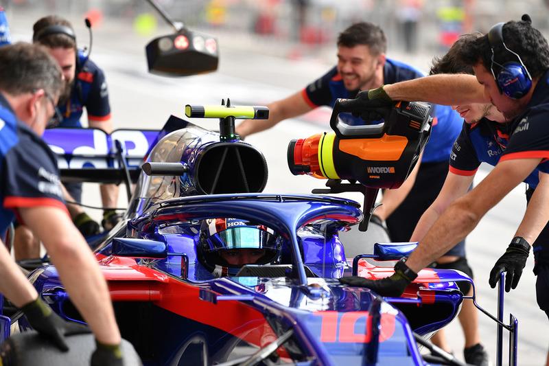 Pierre Gasly, Scuderia Toro Rosso STR13 avec un système de refroidissement