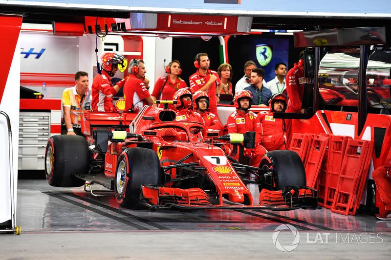 Mobil Kimi Raikkonen, Ferrari SF71H di garasi